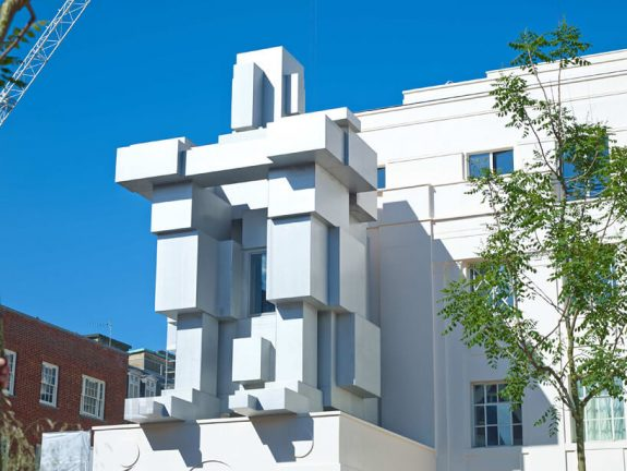 Antony Gormley - Room at Beaumont Hotel